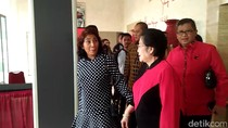 Susi dan Megawati Cipika-cipiki di PDIP, Bahas Pilgub Jabar?