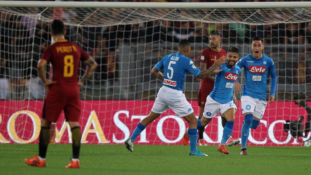 Napoli Jaga Kesempurnaan Usai Tundukkan Roma