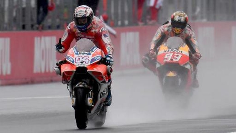 Rossi Sebut Duel Sengit Marquez-Dovi Bagus untuk MotoGP