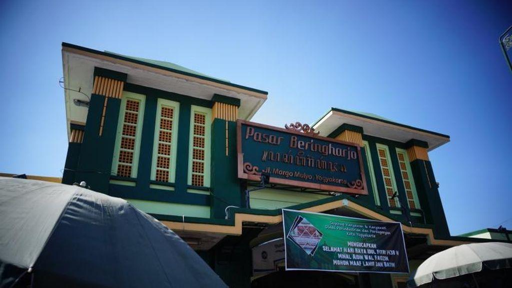 Belanja Puas di Pasar Beringharjo Yogyakarta