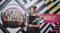 Gloria Jessica hingga Isyana X Raisa Sabet Piala APM 2017