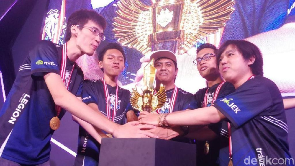Turnamen AOV Berakhir Meriah dengan Kemenangan Telak Tim Evos.AOV
