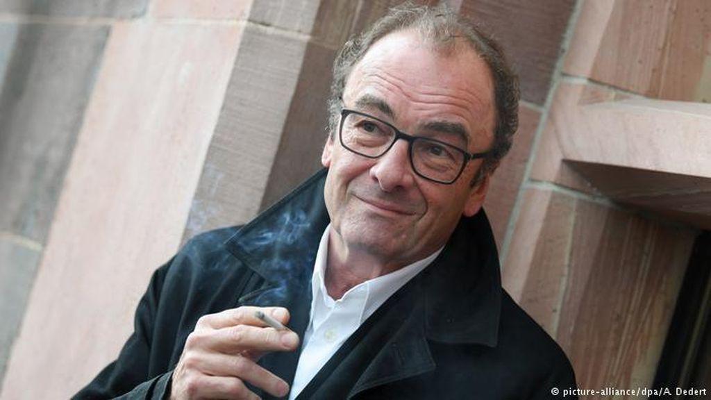 Penulis Robert Menasse Menangkan Hadiah Buku Jerman 2017