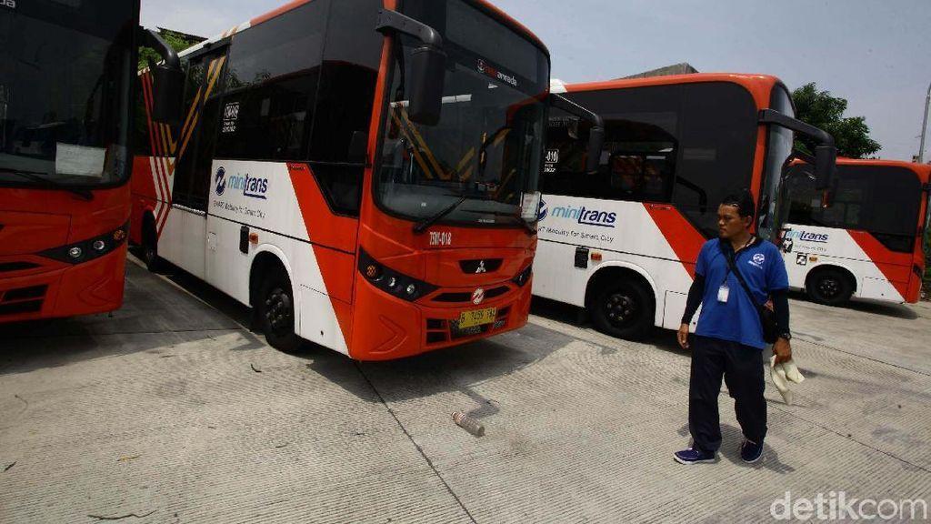 Transjakarta Sudah Beli 100 Minitrans sebagai Pengganti Metromini