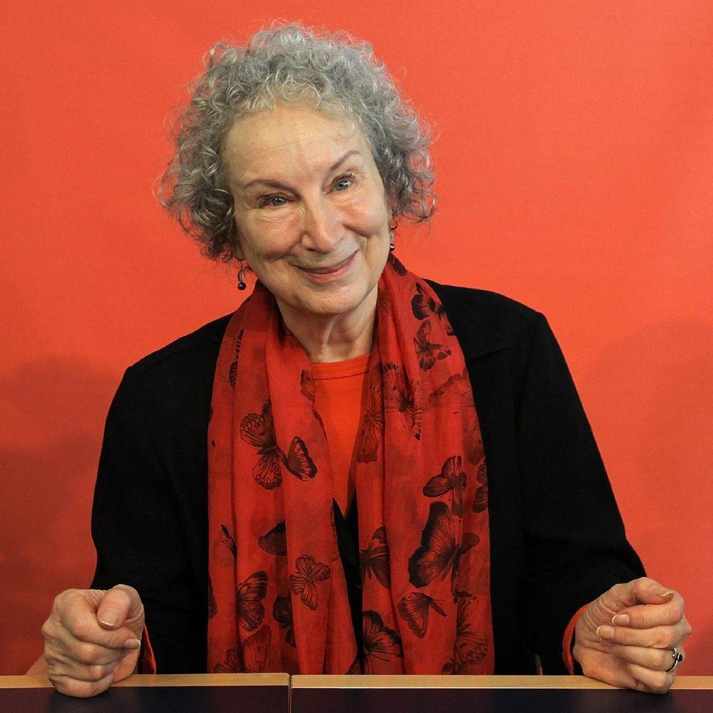 Dukung Kampanye #MeToo, Margaret Atwood Angkat Bicara
