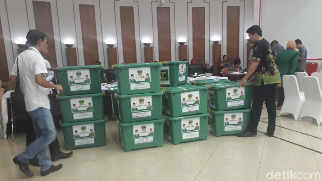 PPP Kubu Romi Datangi KPU, Lengkapi Dokumen Syarat Peserta Pemilu