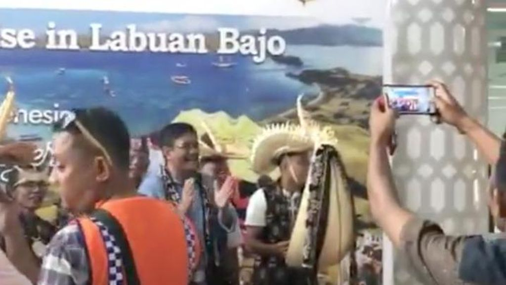 Tak ke Balai Kota, Begini Suasana Liburan Djarot di Labuan Bajo