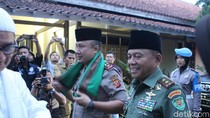 Di Garut, Pangdam dan Kapolda Ajak Masyarakat Jaga Silaturahmi