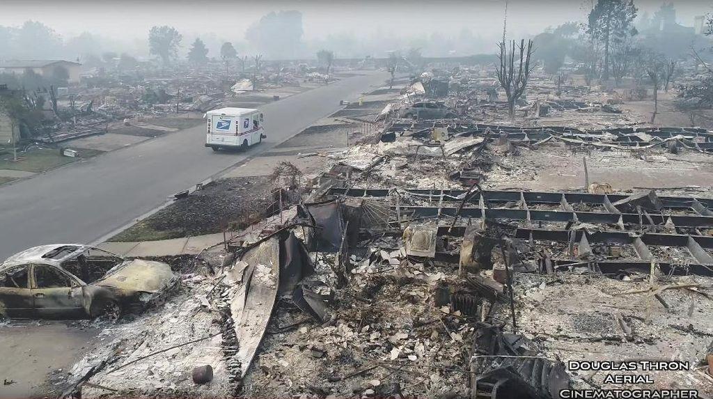 Jejak Kebakaran di California, Bak Dihantam Bom Nuklir