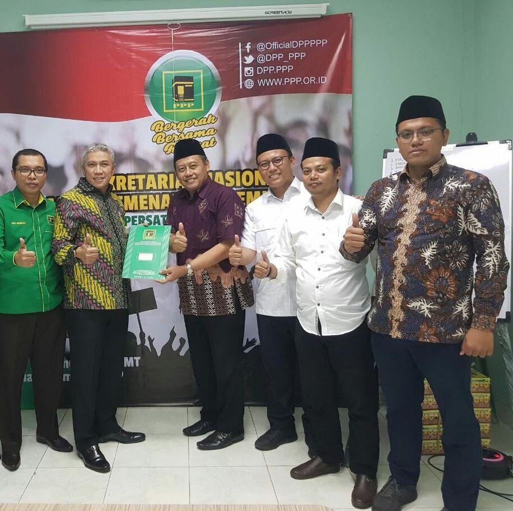 Utus Kiai, Khofifah Daftar Cagub Jawa Timur ke PPP