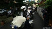 Motor Pengawal Anies Menuju Istana Mulai Berdatangan