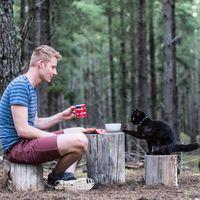 Rich dan Willow telah keliling Australia selama 2,5 tahun (vancatmeow/Instagram)