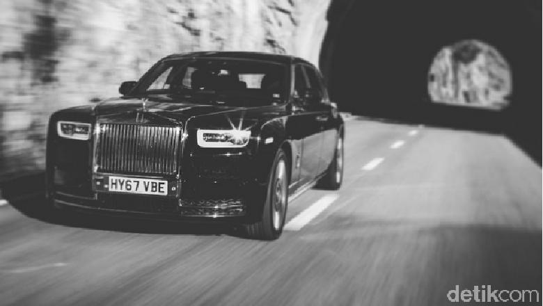 Butuh 13 Jam Buat Toyota dan 6 Bulan Rolls-Royce untuk Lahirkan Mobil