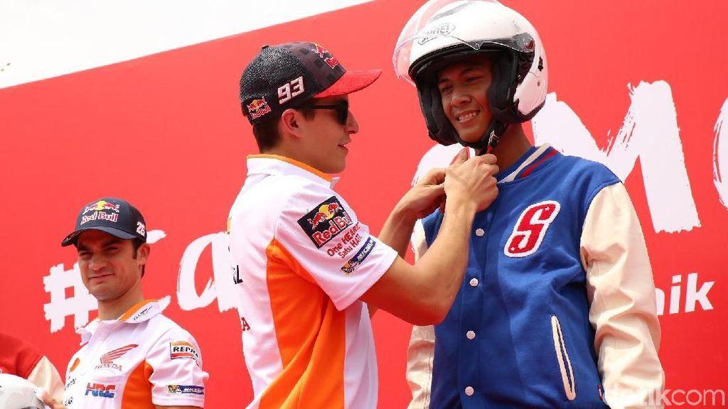 Marquez dan Pedrosa Sapa Penggemar Indonesia, Ajak Berkendara Aman