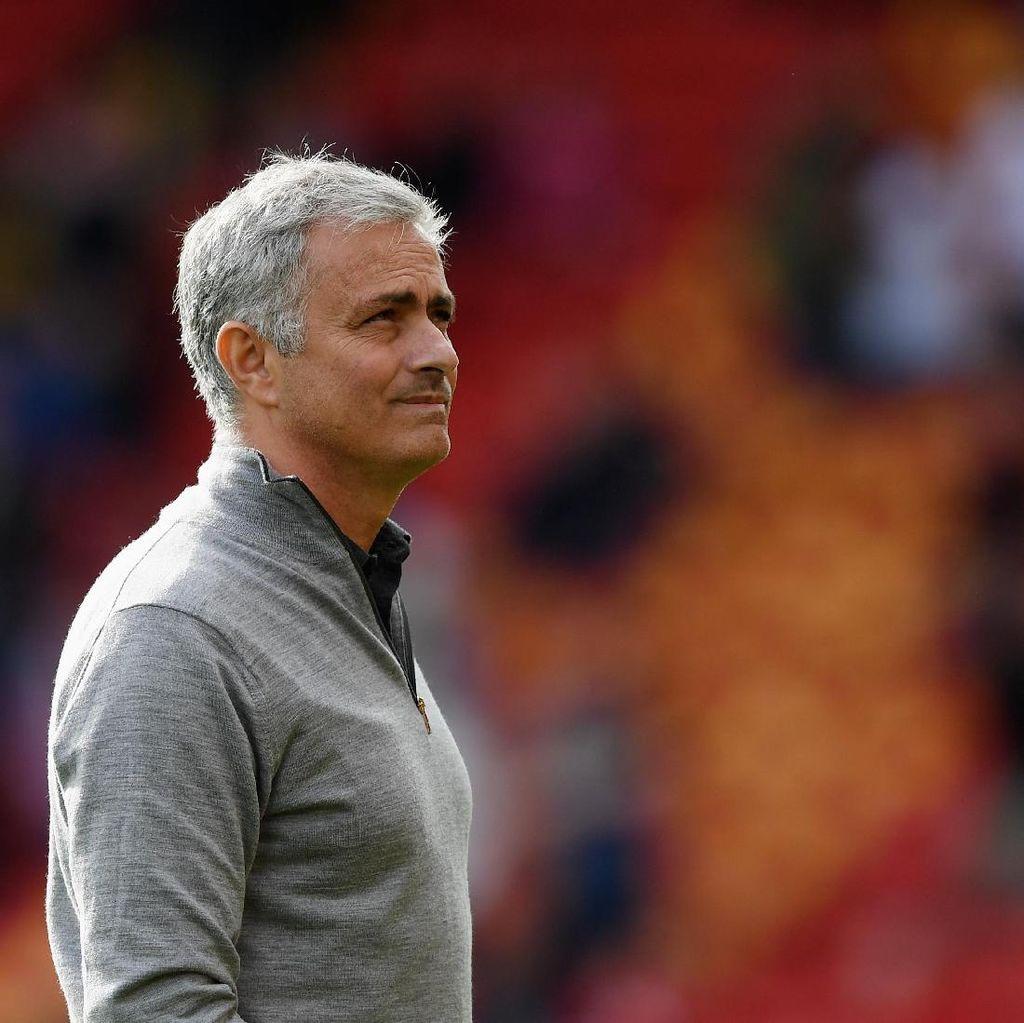 Lovren Tuduh Lukaku, Ini Komentar Mourinho