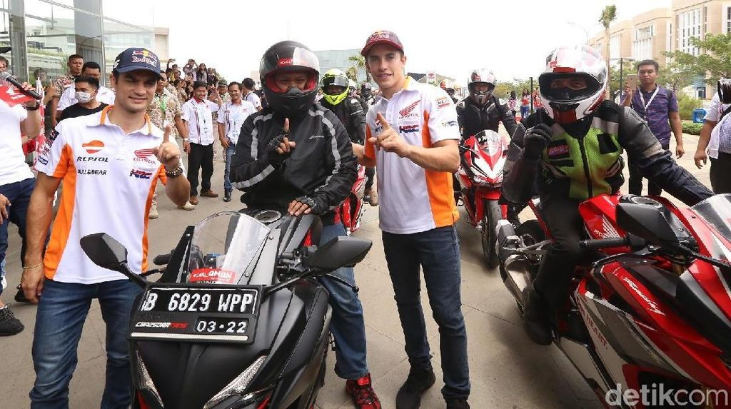 Marquez dan Pedrosa Tularkan Virus Safety Riding ke Bikers