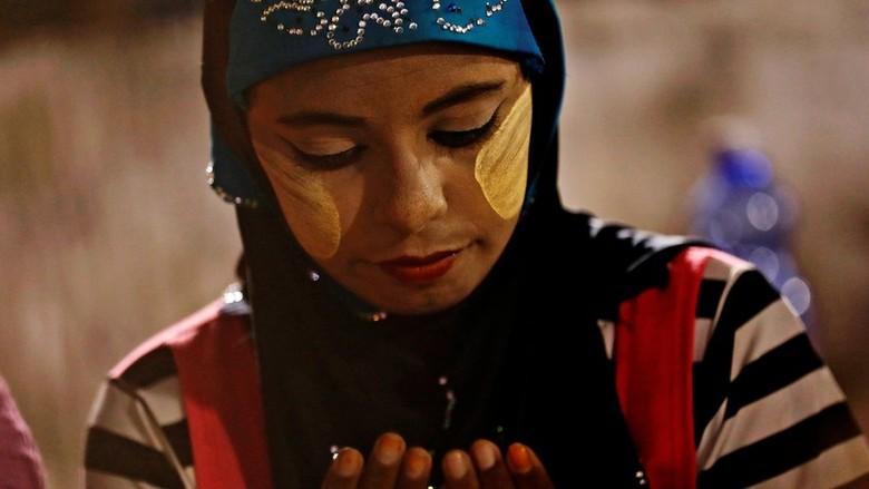 Umat Muslim di Myanmar Khawatir Terkena Imbas Konflik Rohingya