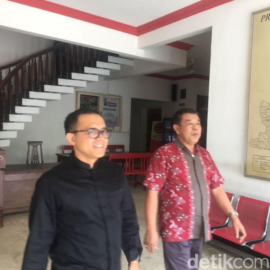 Azwar Anas Temui Ketua DPD PDIP Jatim, Membahas Apa?