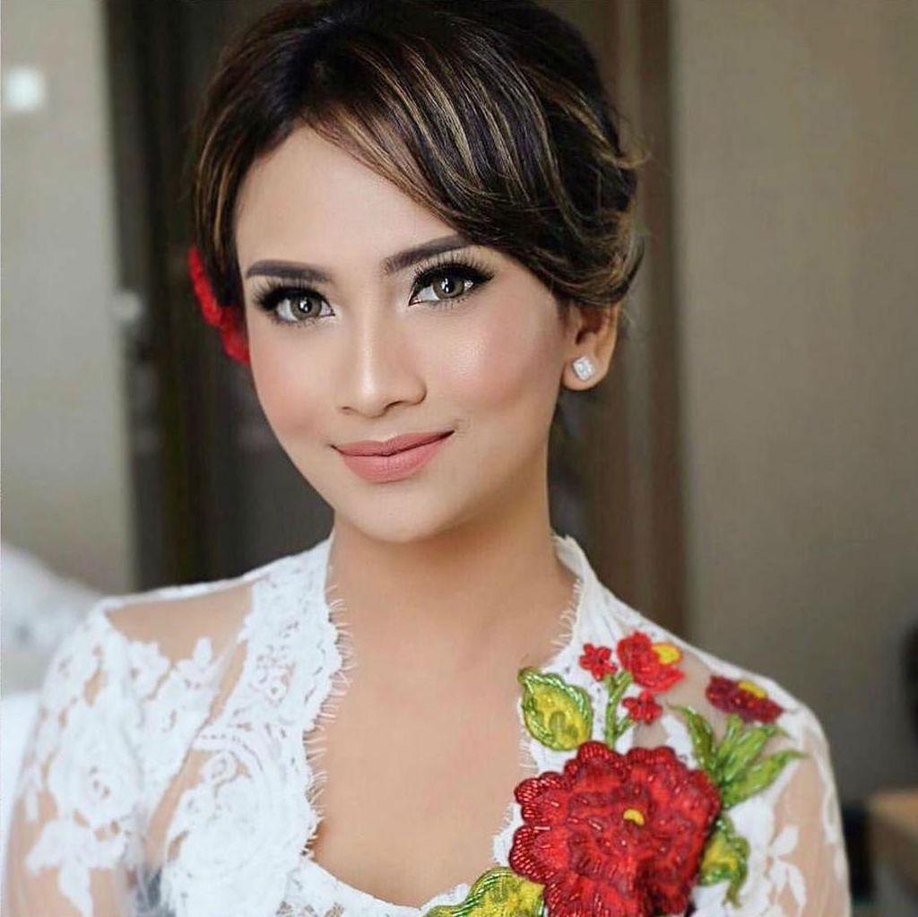 Putus, Didi Soekarno Tak Lagi Berkomunikasi dengan Vanessa Angel
