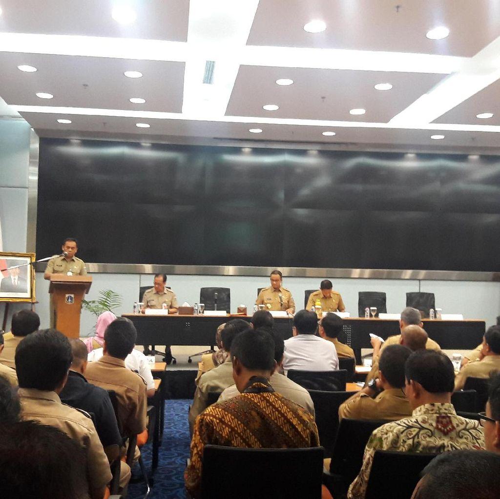 Anies-Sandi Dengarkan Paparan Sekda Terkait APBD DKI