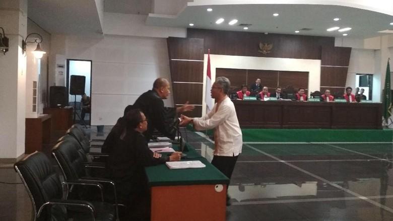 Soal Insiden Gerakan Jari Buni Yani, KY Serahkan ke Hakim