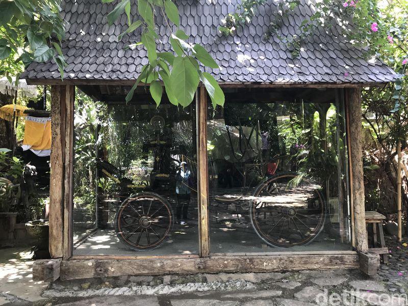 Di Pantai Batu Belig Bali, Kuta Selatan, Badung, Bali ada satu restoran yang nyaman banget juga kekinian. Restoran tersebut bernama La Laguna Bali (Niken Widya Yunita/detikTravel)