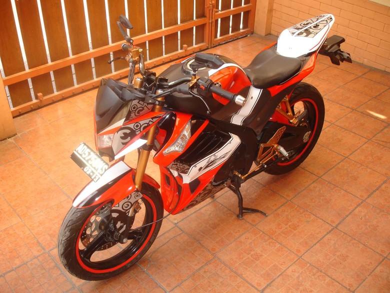 Modifikasi Yamaha V-Ixion Perpaduan Street dan Sport Bike