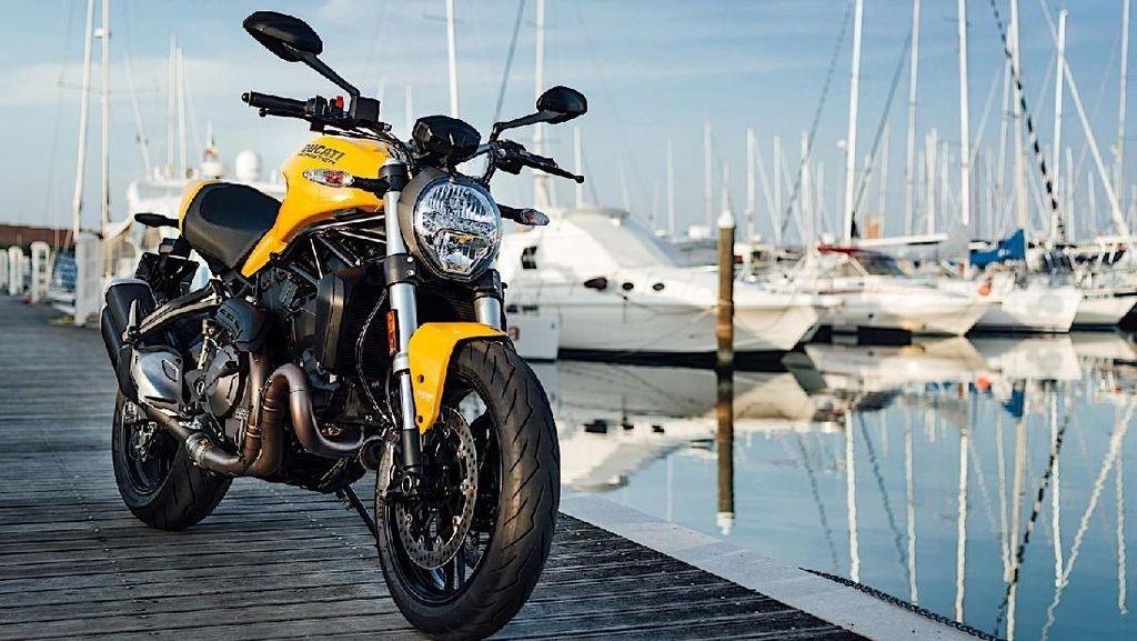 Tampang Ducati Monster 821 Terbaru, Kece!