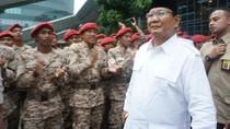 Tinggalkan Lokasi Acara Temu Kader, Prabowo Disapa Pak Presiden