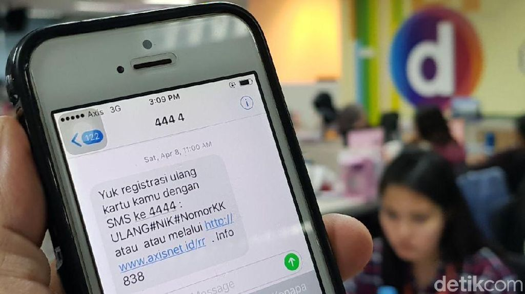 Registrasi SIM Card Harus SMS ke 4444, Nomor Apa Itu?