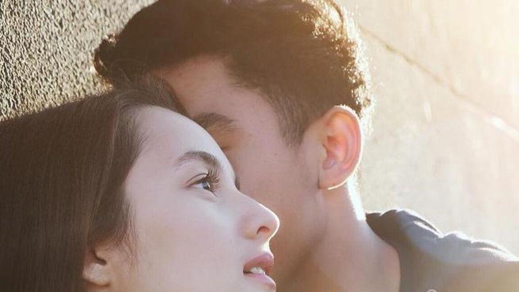 Unggah Foto Mesra Chelsea Islan dan Kekasih, Ini Kata Ryan Ogilvy