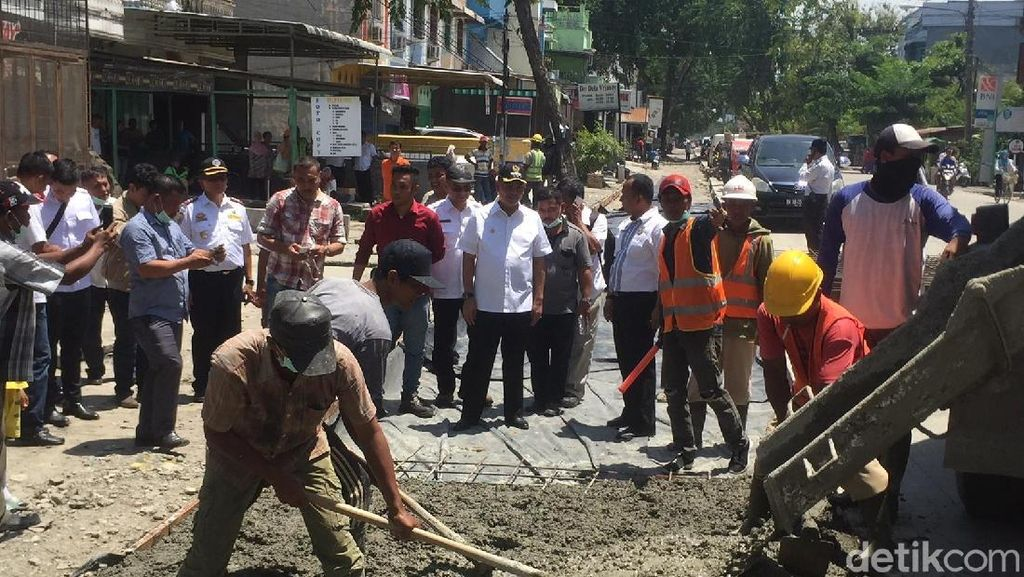 Kenapa Jalanan di Medan Baru Diperbaiki Setelah Dikritik Jokowi?