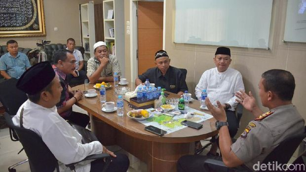 Polisi Mediasi Ormas yang Tolak Sekolah di Pasar Kemis Tangerang