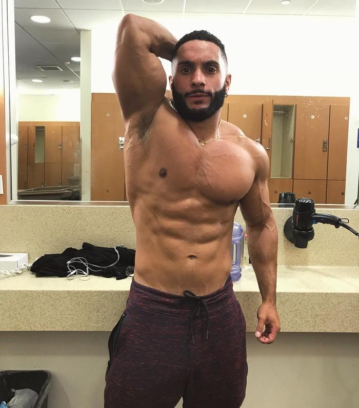 Erik Ortiz merupakan salah satu orang yang terkenal di Instagram dengan lebih dari 33 ribu pengikut. Instagramnya banyak berisi unggahan ia sedang berolahraga dan beberapa video lucunya. (Foto: Instagram @erikofit)
