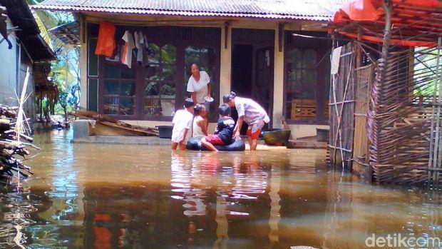 Banjir di Cilacap, Kamis (19/10/2017).