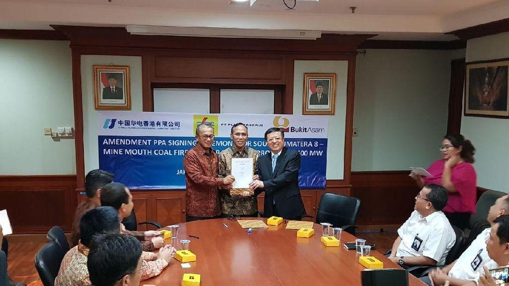Kontrak Jual-Beli Listrik PLTU Mulut Tambang Terbesar RI Diteken