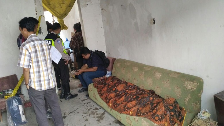 Kebakaran di Petemon Kuburan Surabaya, Pemilik Rumah Meninggal