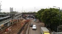 Proyek Underpass Mampang Terancam Molor, Macetnya Makin Jadi!