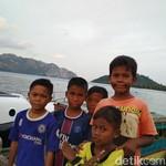 Senangnya Anak Pulau Tiga Sekarang Listrik Tak Lagi Dibatasi