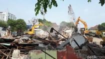 Bangunan Dekat Proyek Jembatan Ratna Dibongkar