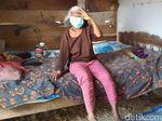 Keseharian Mbah Jiyem Tergantung Keponakan dan Bantuan Saudaranya