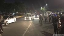 Pendemo Dekat Istana Bubar, Jl Medan Merdeka Sudah Bisa Dilalui