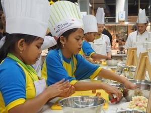 Di Hari Chef Sedunia 2017, Nestle Ajak Siswa SD Makan Banyak Buah dan Sayur