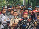 Pantau Aksi di Istana, Kapolda Metro Menyusup ke Tengah Massa