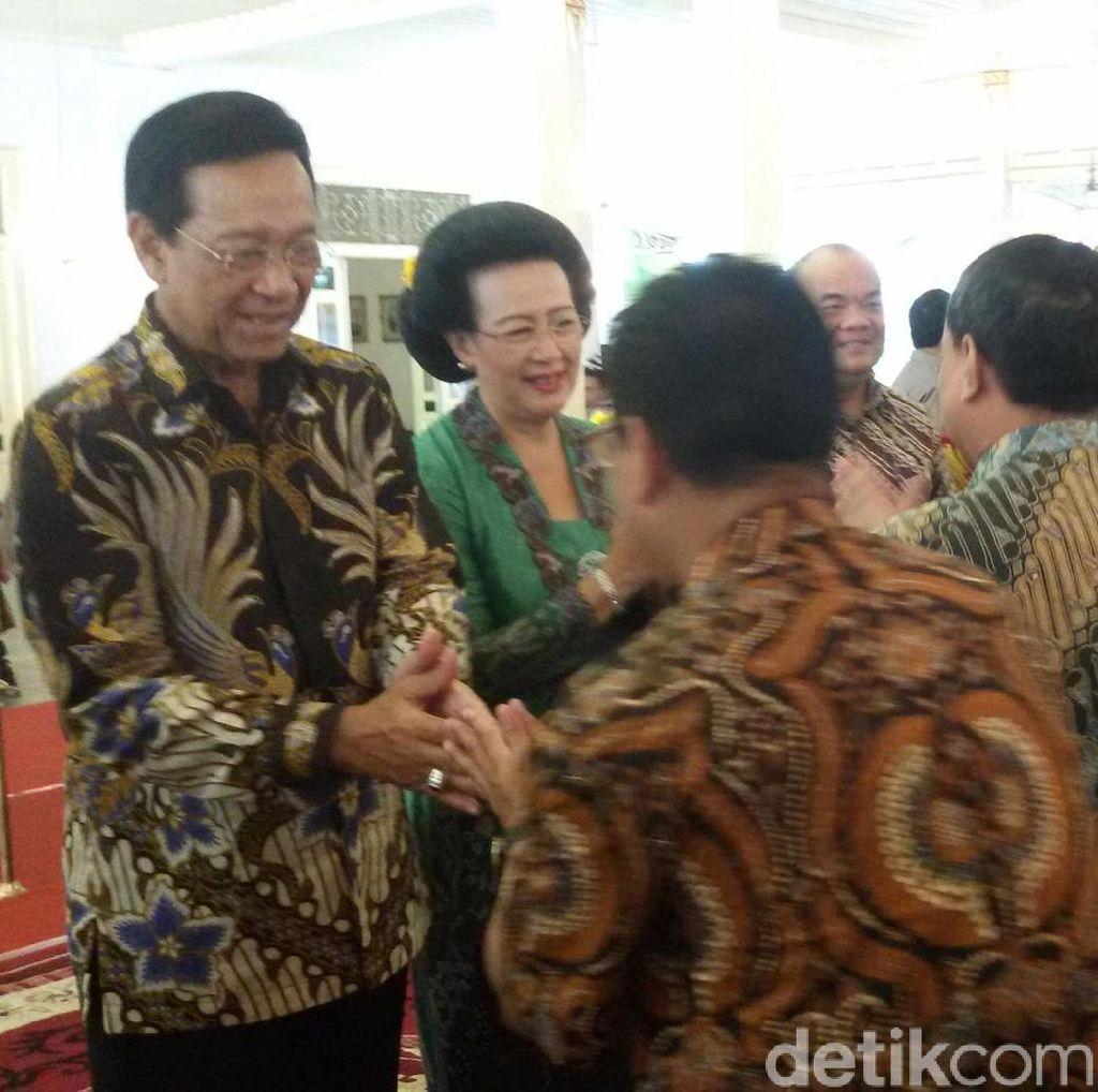Ribuan Warga Hadiri Kenduri Ageng Mangayubagyo Gubernur DIY