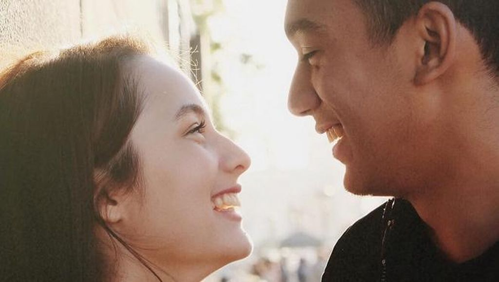 Chelsea Islan-Daffa Makin Mesra, Didi Soekarno-Vanessa Angel Batal Nikah