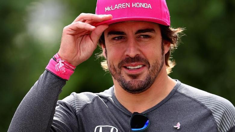Perpanjang Kontrak, Alonso Tetap di McLaren Tahun Depan
