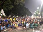 Ogah Pulang, Massa Aksi Gelar Selawatan