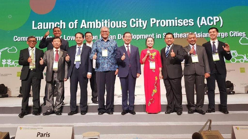 Wali Kota Tangerang Paparkan Program Kampung Iklim di Seoul