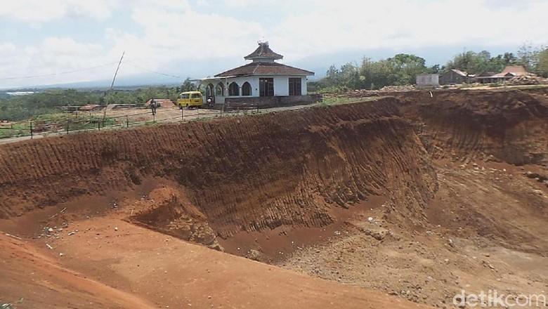 Masjid Belum Dibongkar Pengaruhi Proses Pembangunan Jalan Tol
